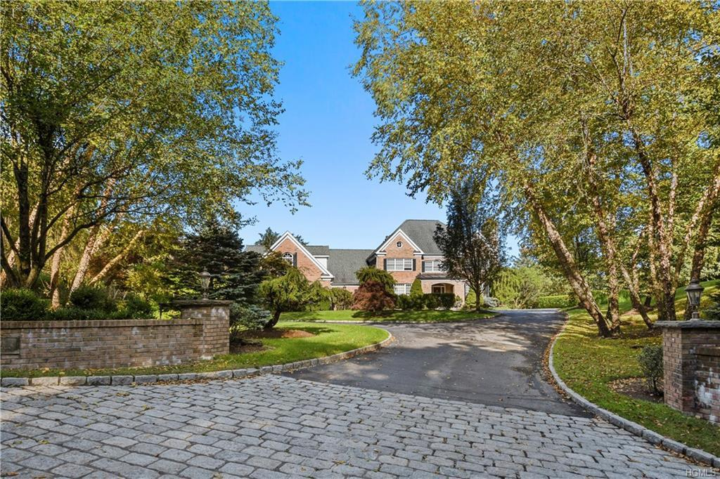 626 Chappaqua Rd, Briarcliff Manor, NY 10510