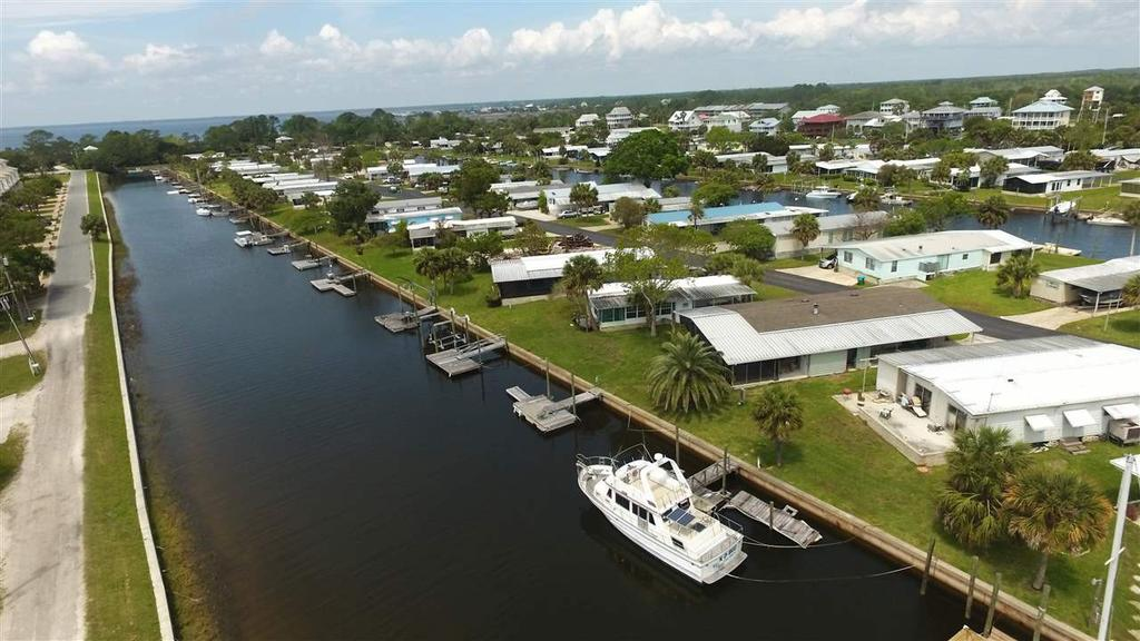 45 Janet Dr, Crawfordville, FL 32327