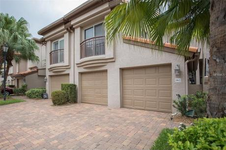 1165 Shipwatch Cir, Tampa, FL 33602