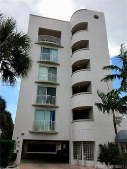 1140 101st St Unit 502B, Bay Harbor Islands, FL 33154