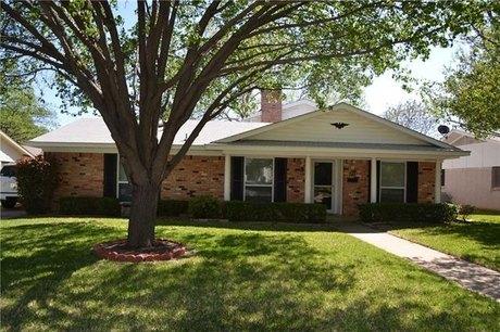 741 Kingswood Ave Richardson, TX 75080