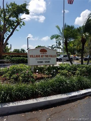 13120 SW 92nd Ave Apt B- Ph 22, Miami, FL 33176