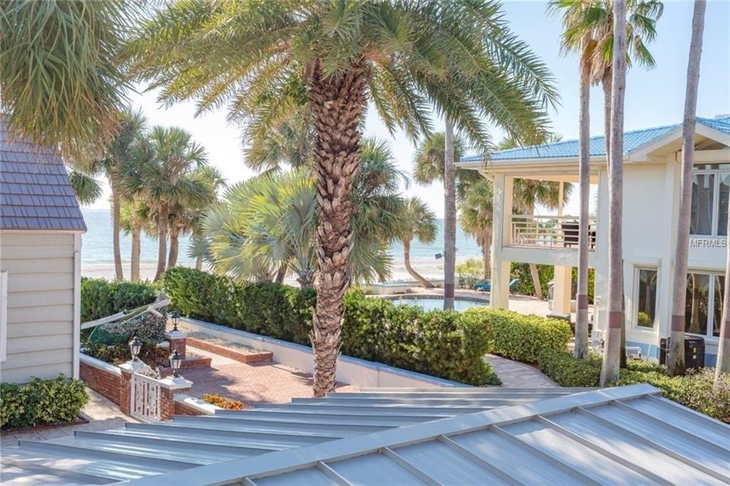 15572 Gulf Blvd, Redington Beach, FL 33708