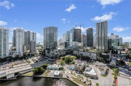 92 SW 3rd St Apt 2603, Miami, FL 33130