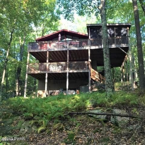 126 Canterbrook Dr, Lords Valley, PA 18428