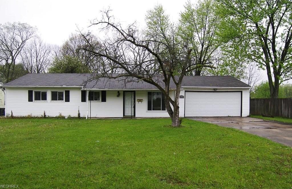 6234 Oxford Ct, Bedford Heights, OH 44146