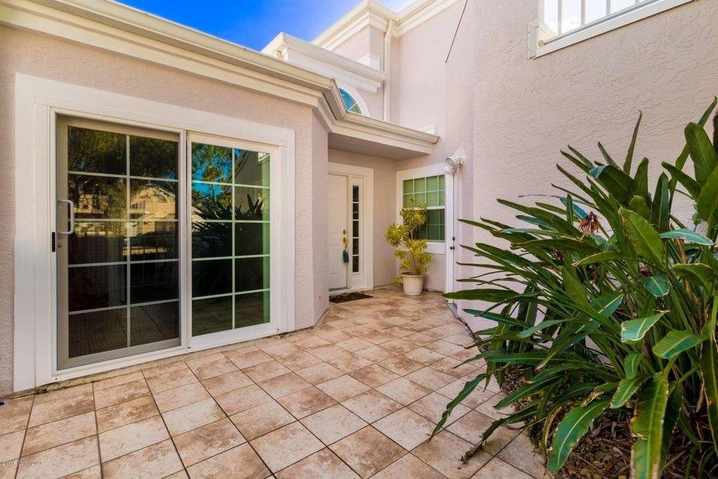 405 La Costa St, Melbourne Beach, FL 32951