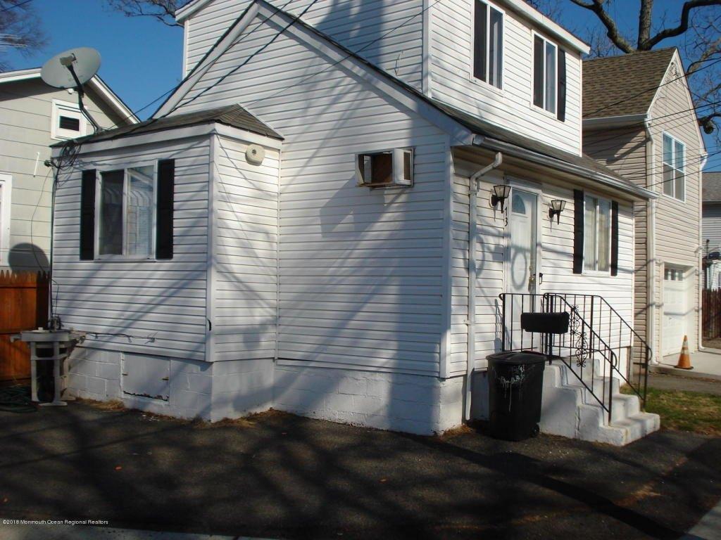 73 Oak St, Keansburg, NJ 07734