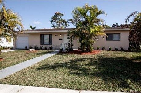 16701 SW 102nd Ct, Miami, FL 33157
