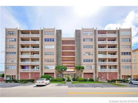 9381 E Bay Harbor Dr Unit S20, Bay Harbor Islands, FL 33154