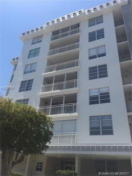 9250 W Bay Harbor Dr Apt 2D, Bay Harbor Islands, FL 33154