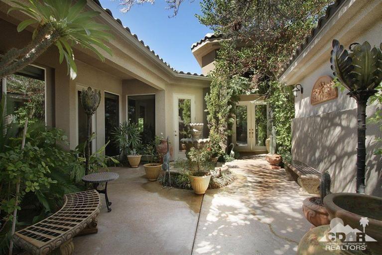 1 Elizabeth Ct, Rancho Mirage, CA 92270
