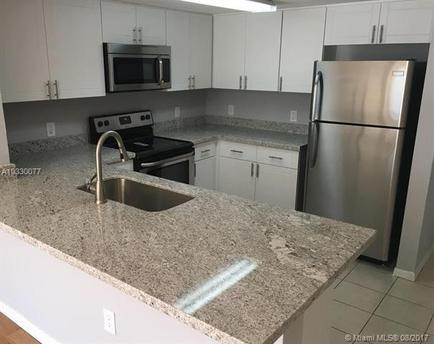 218 NW 12th Ave Apt 903, Miami, FL 33128