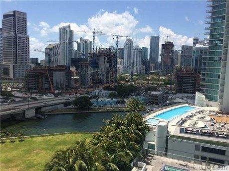 90 SW 3rd St Apt 1702, Miami, FL 33130