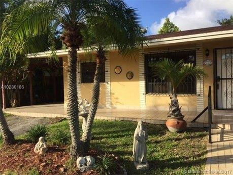 12311 SW 185th St, Miami, FL 33177