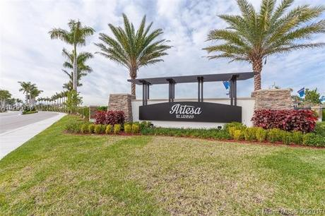 25171 SW 117th Pl, Miami, FL 33032
