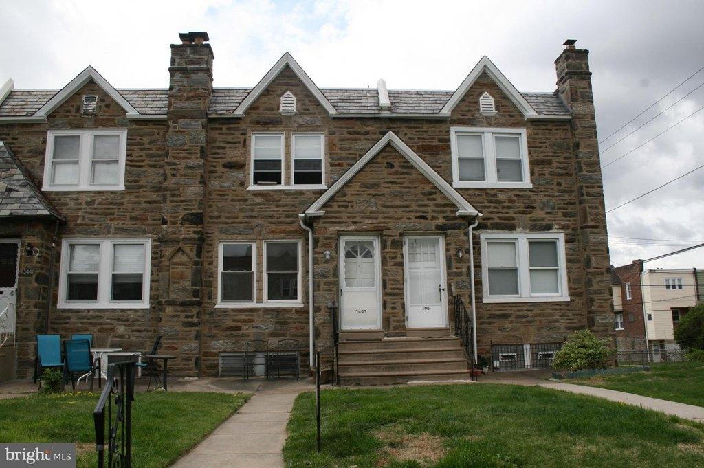 3443 Chippendale St, Philadelphia, PA 19136