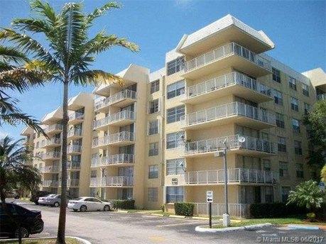 13120 SW 92nd Ave Unit B119, Miami, FL 33176