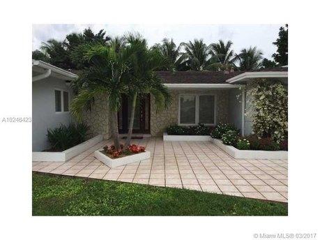 13100 Sw 109th Pl Miami, FL 33176