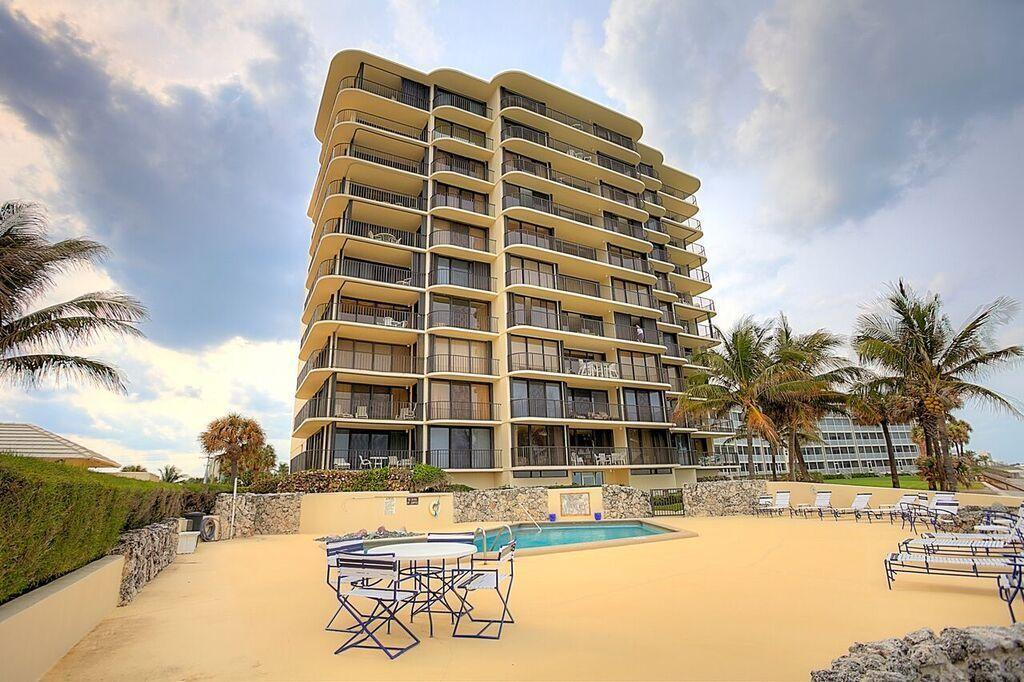 200 Beach Rd Apt 402, Tequesta, FL 33469