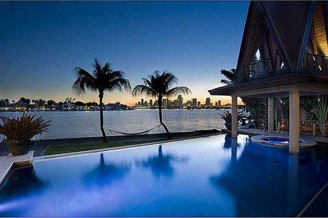 14 W San Marino Dr Miami Beach, FL 33139