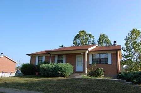 697 Franklin St, Radcliff, KY 40160