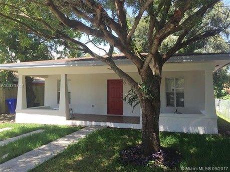 3423 Frow Ave, Miami, FL 33133