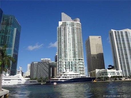 300 S Biscayne Blvd Apt 3406, Miami, FL 33131