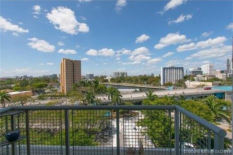 10 SW South River Dr Apt 708, Miami, FL 33130