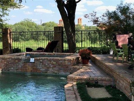 13804 Rockbend Pl, Dallas, TX 75240