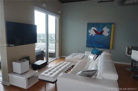 10 SW South River Dr Apt 1712, Miami, FL 33130