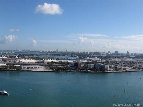 335 S Biscayne Blvd Apt 3404, Miami, FL 33131