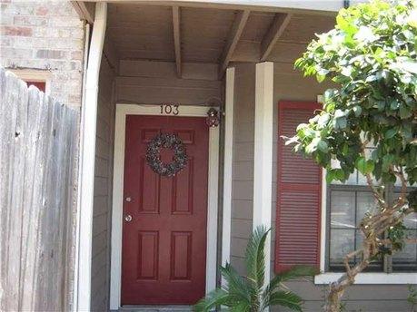 2907 Pearl St Apt 103, Austin, TX 78705