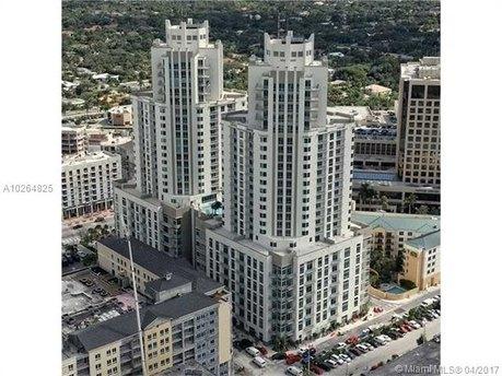 9055 SW 73rd Ct Apt 609, Miami, FL 33156