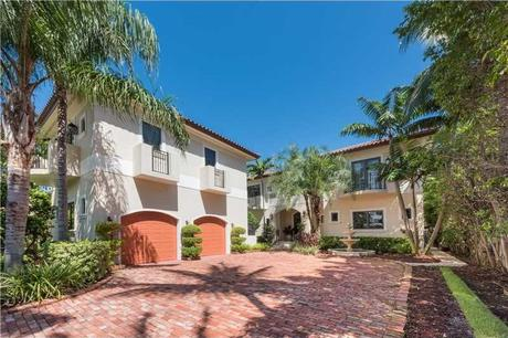 5655 Pine Tree Dr Miami Beach, FL 33140