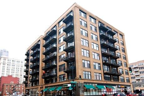 625 W Jackson Blvd Apt 202, Chicago, IL 60661