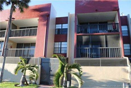 10825 Sw 112th Ave Apt 209 Miami, FL 33176
