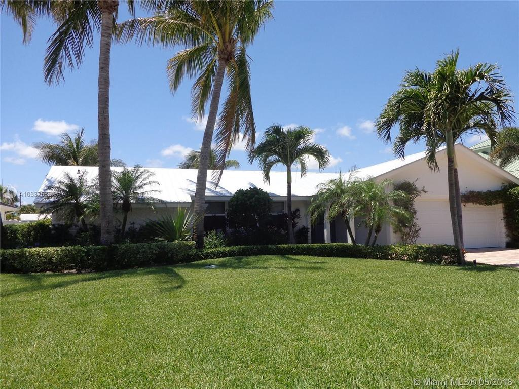 19165 Waterway Rd, Jupiter, FL 33469