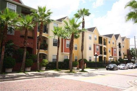 2010 E Palm Ave Apt 14214 Tampa, FL 33605