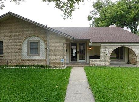 2238 Flat Creek Dr, Richardson, TX 75080