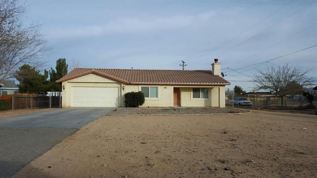 12861 Tamiani Rd, Apple Valley, CA 92308