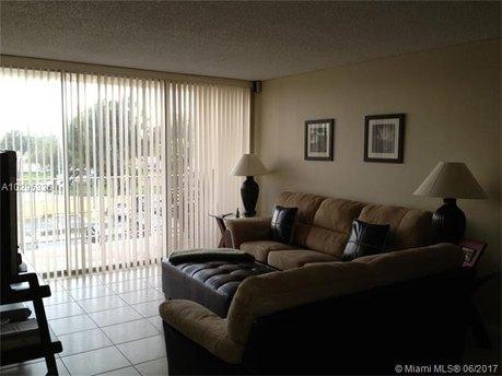 13120 SW 92 Ave Unit B320, Miami, FL 33176