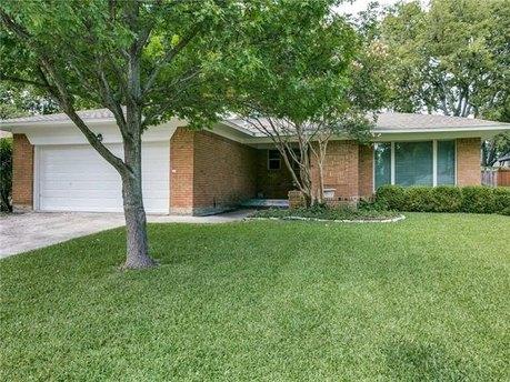 6651 Aintree Cir, Dallas, TX 75214