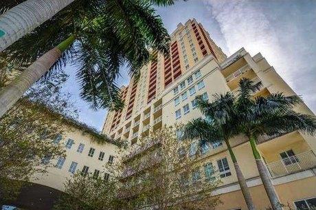 7355 Sw 90th 102s St Unit Th Miami, FL 33156