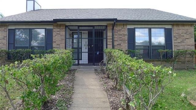9216 Pinehaven Dr, Dallas, TX 75227