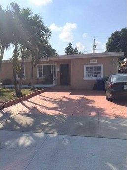 360 Nw 119th St North Miami Beach, FL 33168