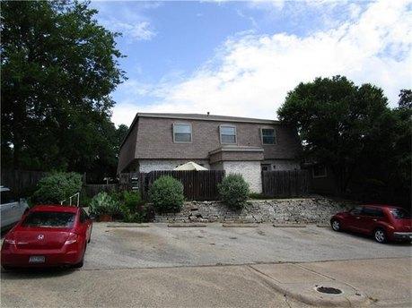 2800 Westhill Dr Apt 104 Austin, TX 78704