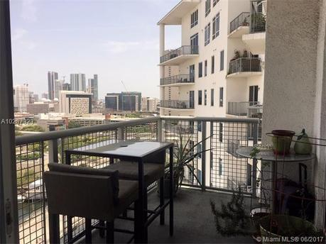 10 SW South River Dr Apt 1810, Miami, FL 33130