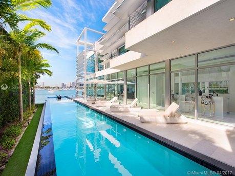 440 S Hibiscus Dr Miami Beach, FL 33139