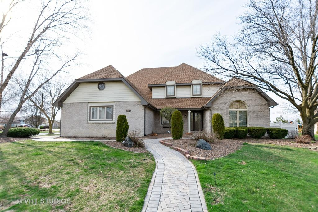 17312 Valley View Dr, Tinley Park, IL 60477